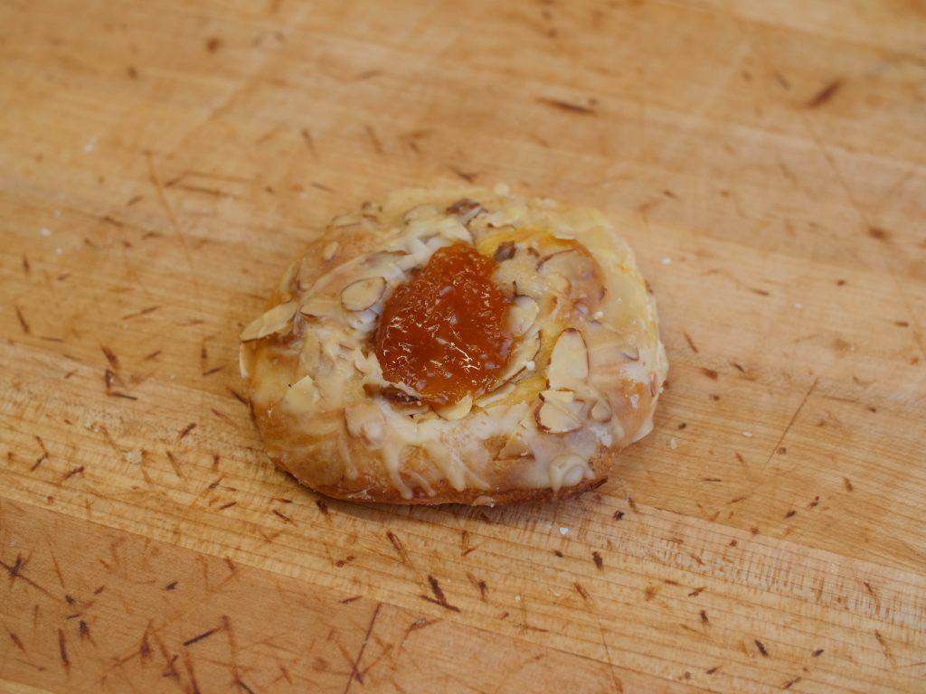 Butterhorn Sm Apricot