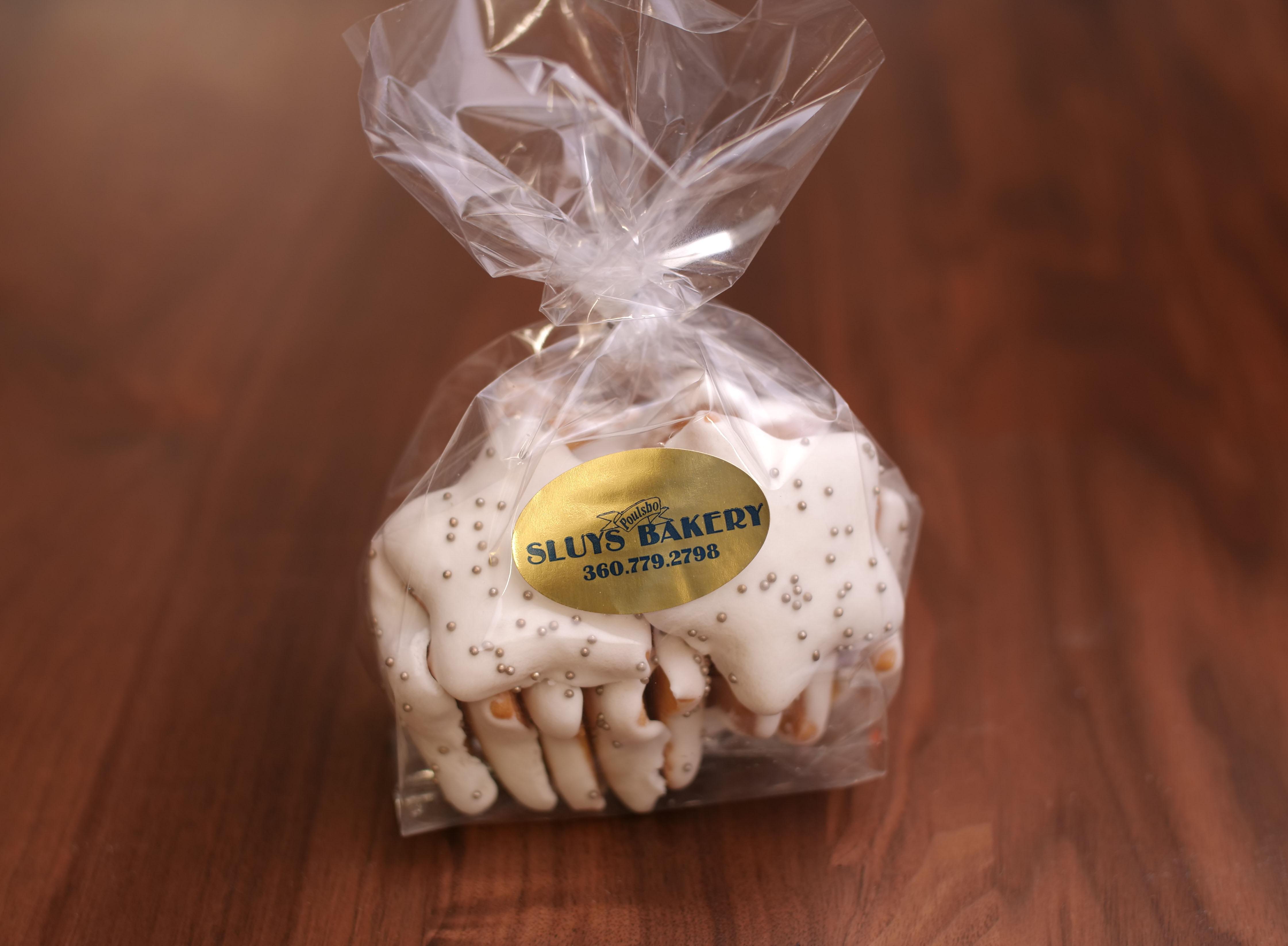 Seasonal Iced Cookies Stars
